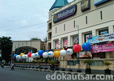 Balon Iklan 3 Samping Galeria Mall